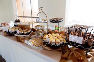 Cupcake Dessert Bar - Cupcake Bakery